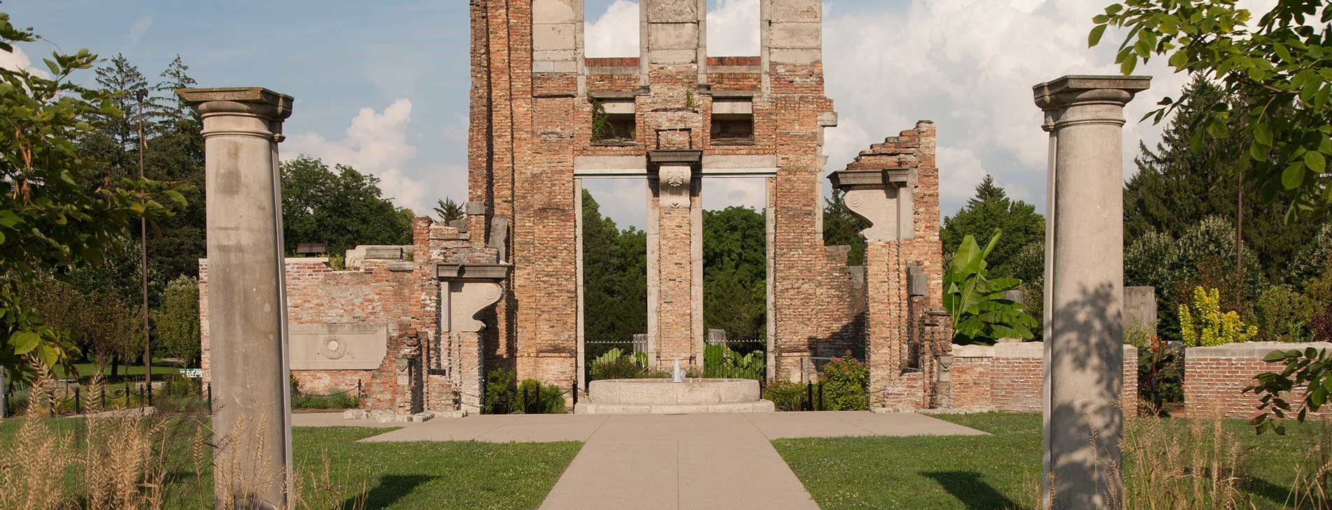 Holliday Park Can Host Any Type of Event in Indianapolis, Indiana