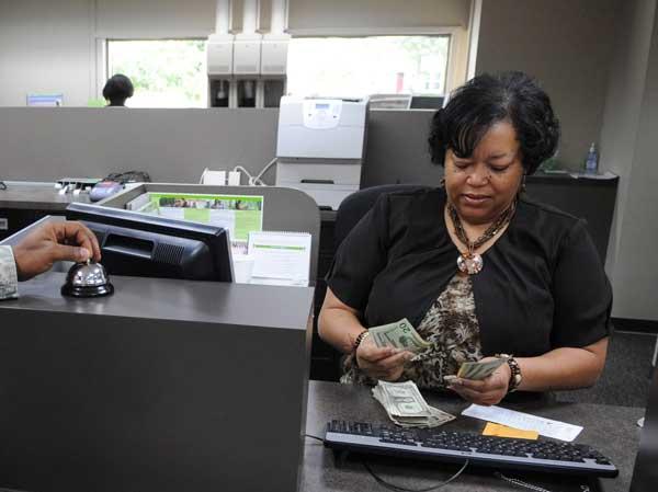 bank-teller