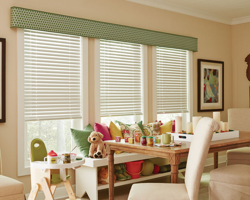 Classic Collection® Aluminum Blinds with Interior Masterpieces® Fabric Cornice & Custom Pillows