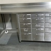 Stainless_Steel_Work_Bench