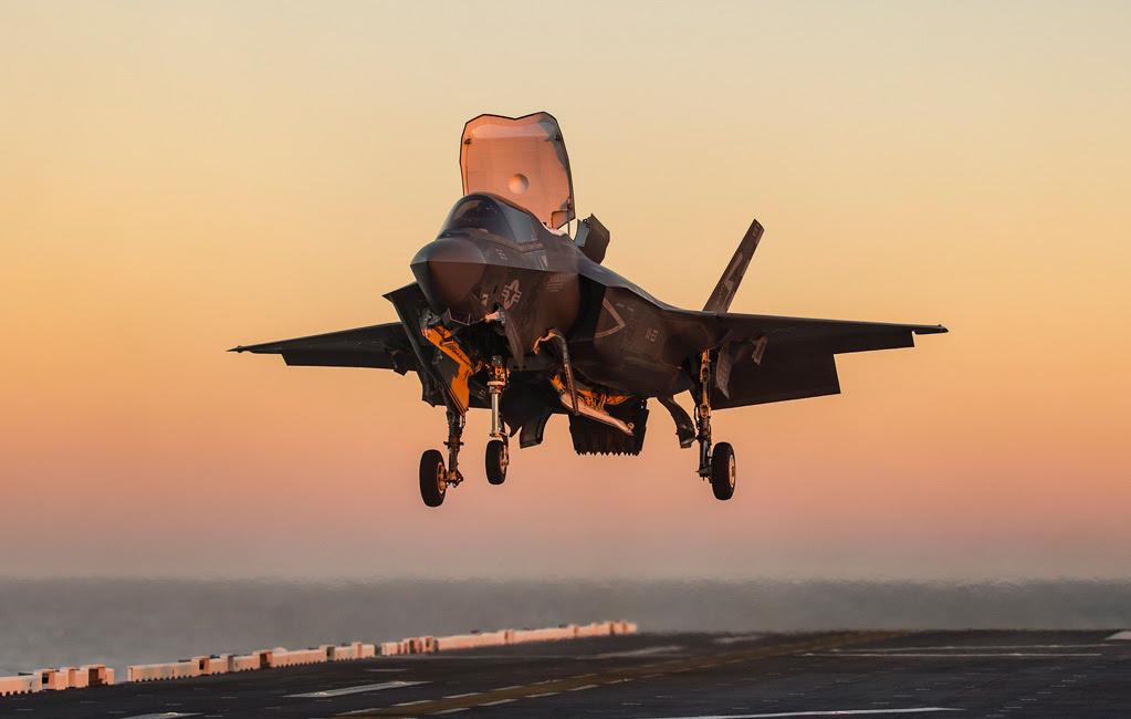 Aircraft & Airplane Engines | Rolls-Royce Civil & Defense