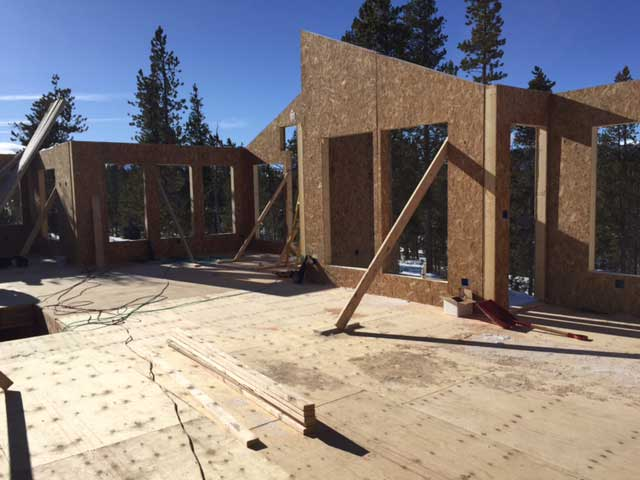 Wall panels in place in a Colorado residential project | Thermocore SIPs