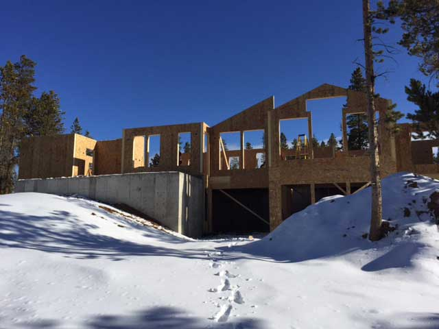 Rocky Mountain Home Project using Thermocore SIPs wall panels