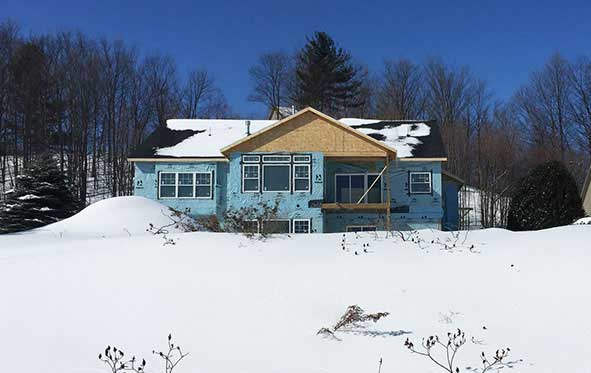 Handyman builds home in Michigan with Thermocore's structural insulated panels