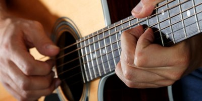 rsz_guitar_close-up.jpg