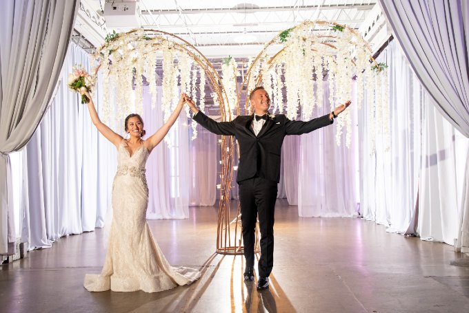 Styled Wedding Ceremony and Reception Photoshoot Modern Wedding Downtown Indianapolis