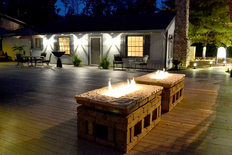 The Lodge at The Willows features an outdoor deck and fire pit which is perfect for any evening or fall event