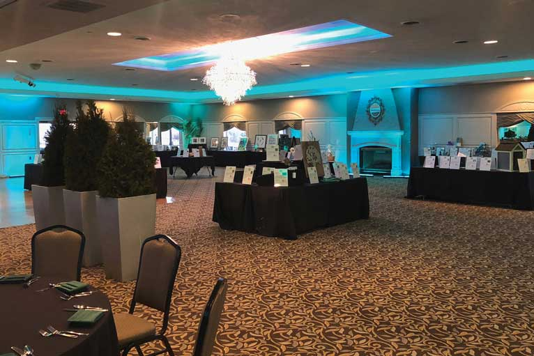 The Ballroom at The Willows can host your next fundraising event in Indianapolis