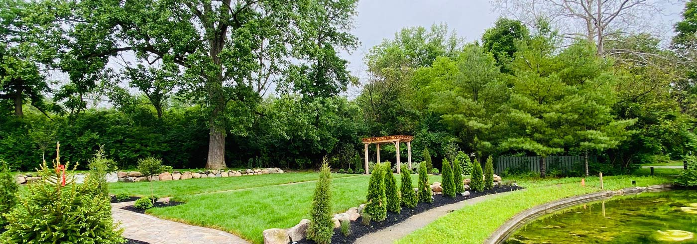 The Terrace Garden at The Willows is the perfect Indianapolis outdoor wedding event space