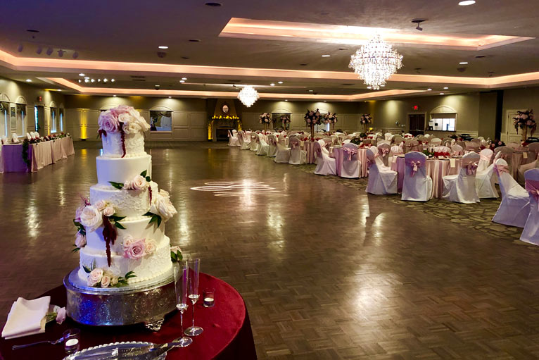 Romantic Wedding Reception at The Ballroom at The Willows
