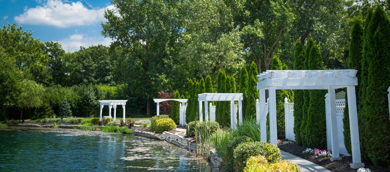 Lakefront Garden Pathway (3)