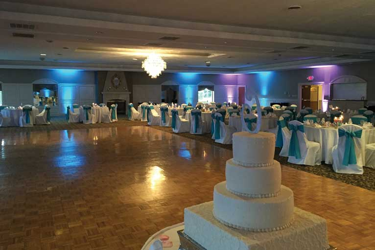 Teal and white themed wedding reception at The Ballroom at The Willows