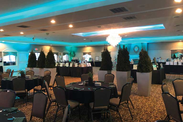 The Ballroom at The Willows hosts a fundraising event for a local charity in Indianapolis