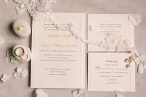 Cream-colored wedding invitations for an elegant wedding