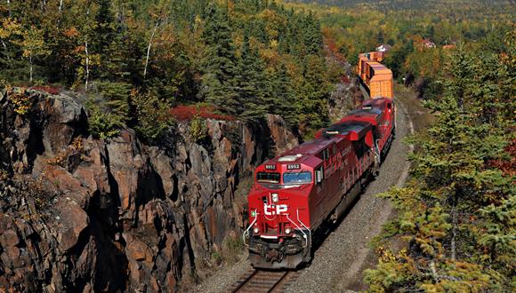 Railroad Communication | Locomotive Clean Cab Radio | Ritron