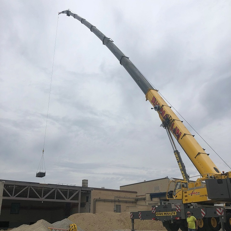 MW-RH Marlin doing a lift at William Henry Harrison HS in West Lafayette_2