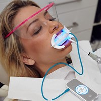GLOChairside_Whitening_with_Autoclavable_MP
