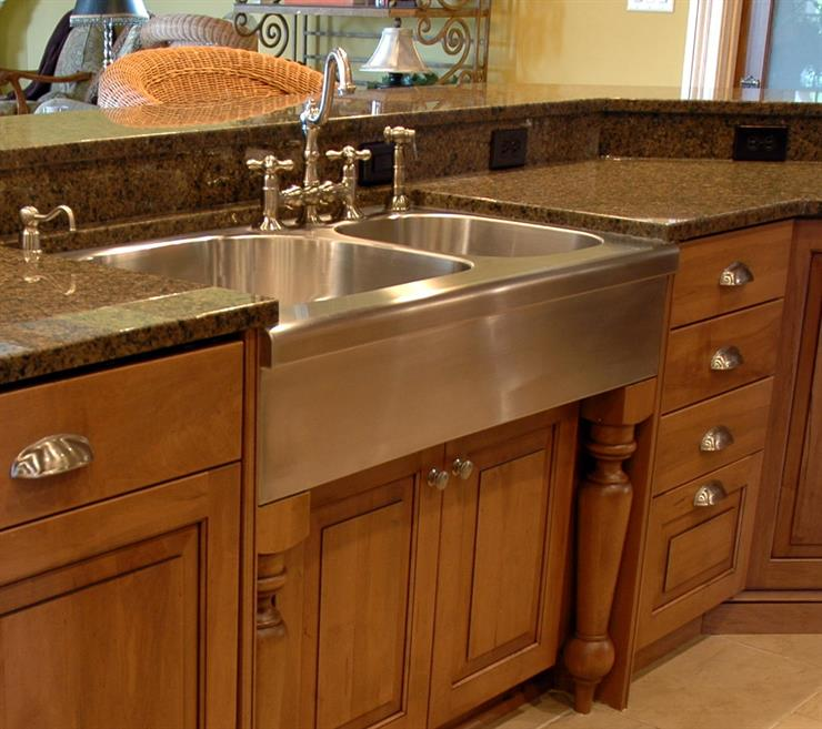 Choosing Your Kitchen Sink | Cabinet Inspirations & Ideas