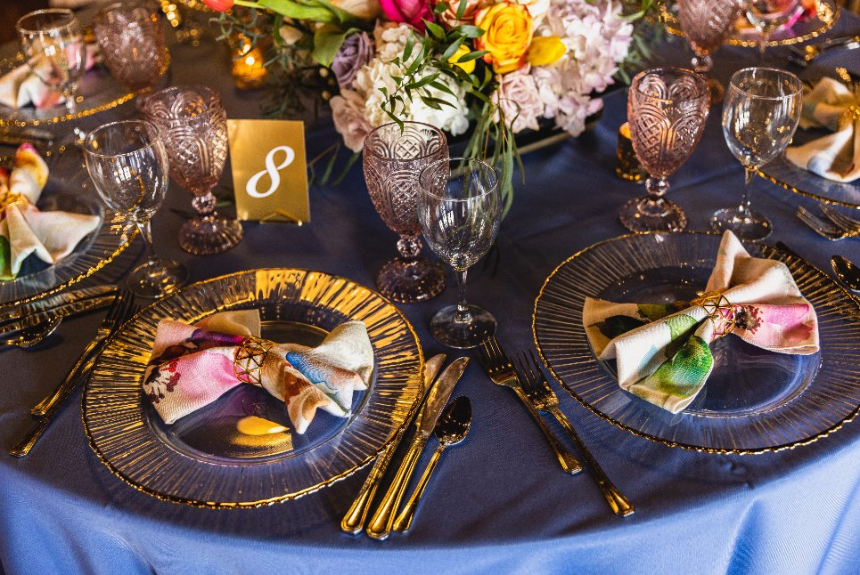 Gallery Tablescape