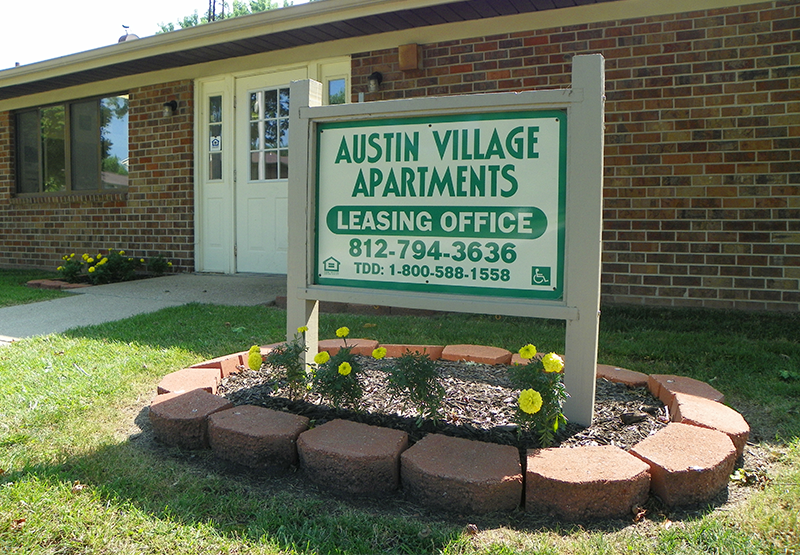 Leasing Office, Austin Village Apartments | Austin, Indiana