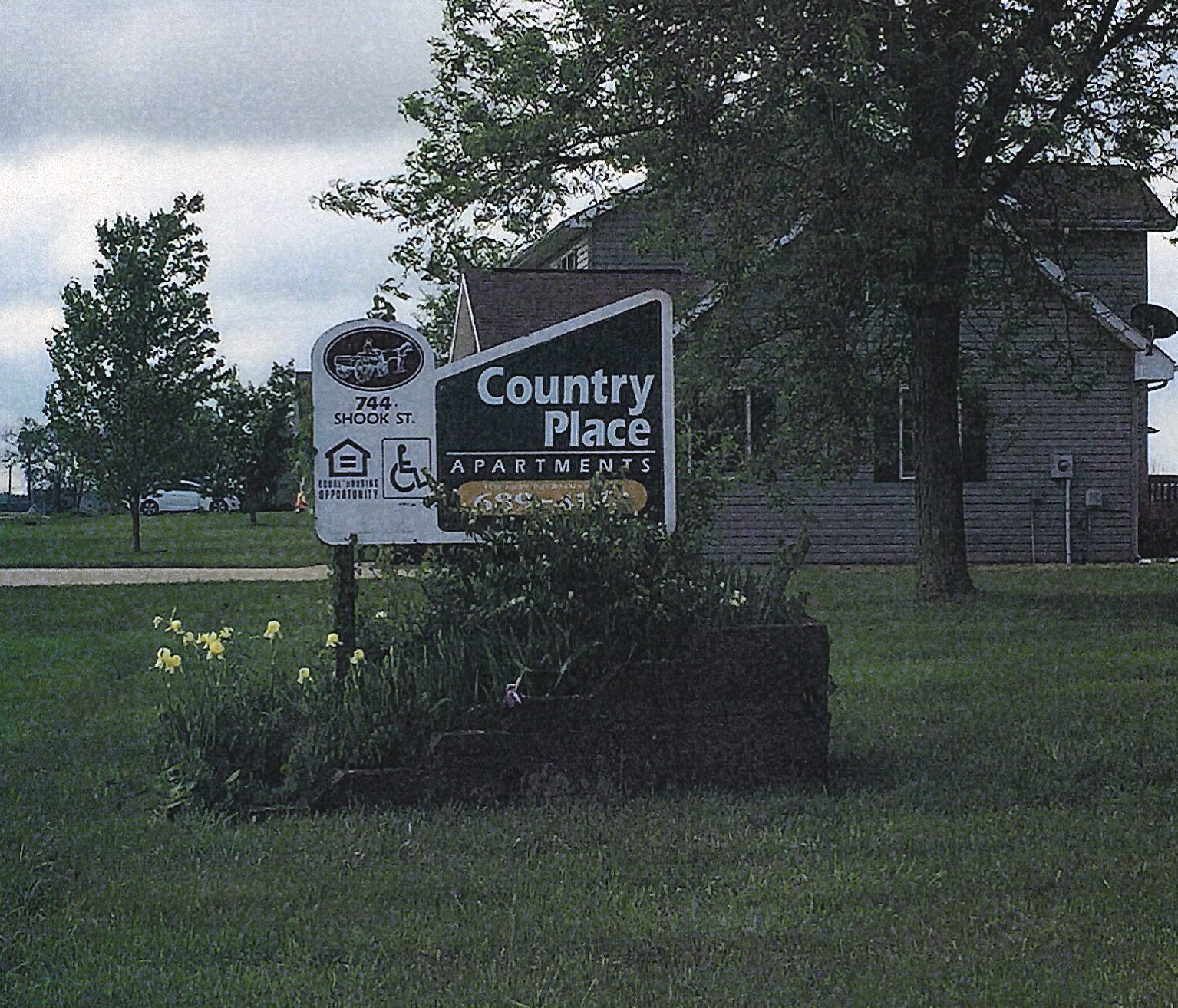 Country Place Apartments | Osgood, Indiana