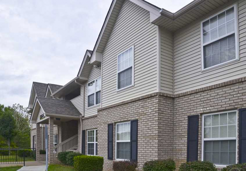Oak Meadow Apartments   North Vernon, Indiana