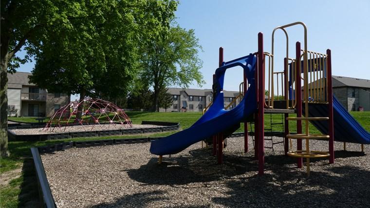 055 Playground