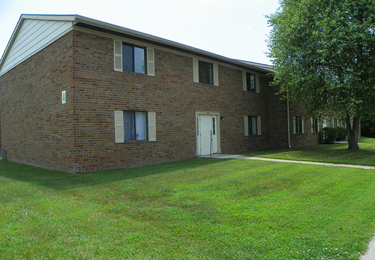 Country Wood Apartments | Versailles, Indiana