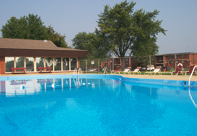 Pool | Moundford Terrace Apartments | Decatur, Indiana
