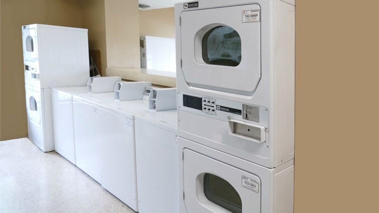 178 Laundry 2