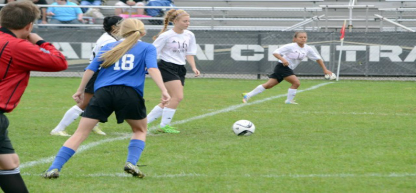 Girls Soccer Opens Season at Roncalli