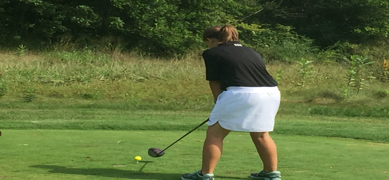 Girl's Golf Prepares for Marion County