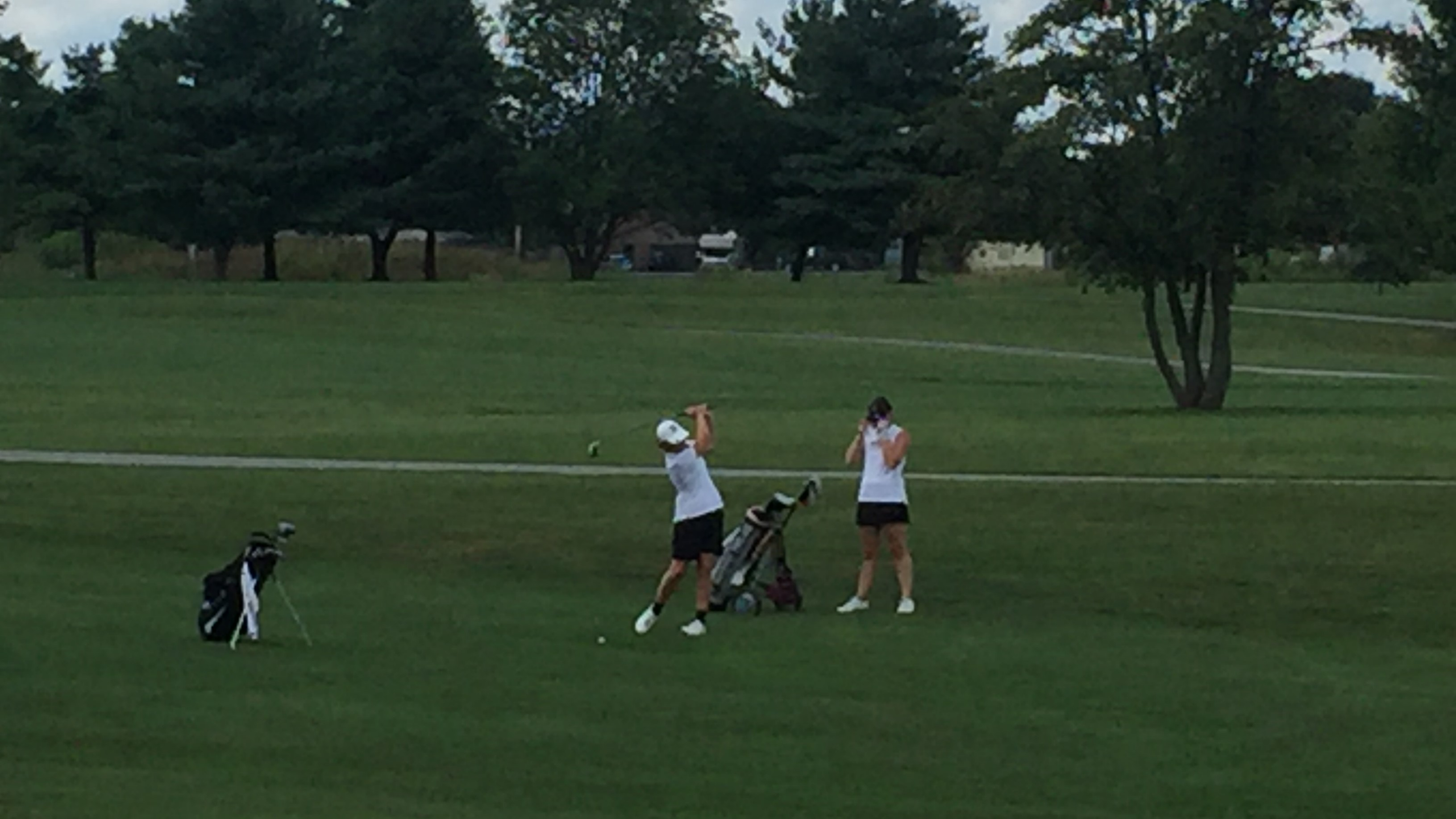 Girls Golf Prepares for Sectionals on Monday, September 17